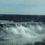 冬のナイアガラの滝