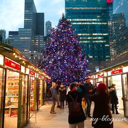 ブライアントパークのクリスマスツリー
