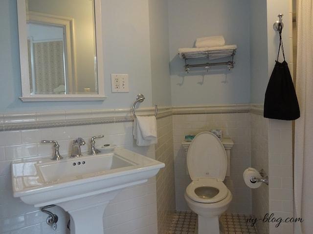 モホンク・マウンテン・ハウスのバスルーム